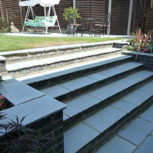 samistone-blue-limestone-step-coping