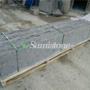 samistone-blue-limestone-flamed-steps-10