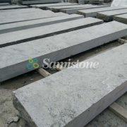samistone-blue-limestone-flamed-steps-7