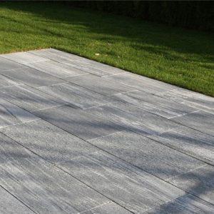 nero-santiago-granite-for-flooring