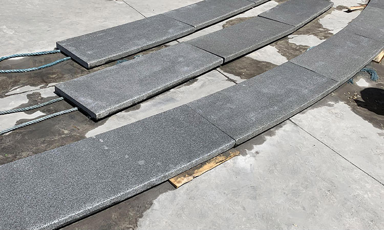 Samistone Dawn Black Granite New G684 Arc Steps China Factory